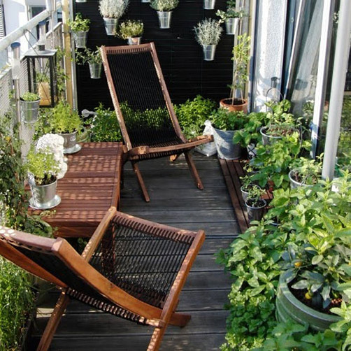 Garden Balconies: Small-Space Gardens